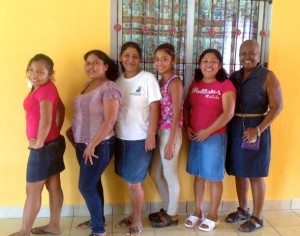 Pictured (L to R): Aracely (Volunteer), Graciela (Cook), Andrea (Staff), Glenda (Volunteer), Gilma (Staff), Myra